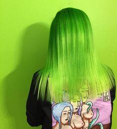 ... Neon Hair, Blue Hair, Afro, Bright Hair, Colorful Hair, Different Hair Colors, Coloured Hair, Dye My Hair, Crazy Hair