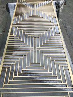 New metal screen design steel 33 Ideas Steel Gate Design, Iron Gate Design, House Gate Design, Screen Design, Metal Screen Doors, Wooden Screen Door, Decorative Metal Screen, Porte Design, Stainless Steel Screen