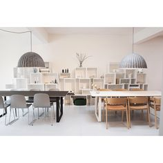 The showroom is getting a makeover for the coming Muuto Creative Lab events on the 26th-28th of May as a part @3daysofdesign here in Copenhagen. #muuto #muutodesign #newnordic #newperspective #scandinaviandesign