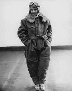 Helen Sheridan, who tried to beat the women's record duration flight in 1929. (Associated Press) | See also: http://lens.blogs.nytimes.com/2011/11/10/those-magnificent-women-in-their-flying-machines/ | The outfit looks very cosy. Sensible shoes.