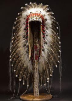 Victory Headdress - Plains Style Indian Headdress by Russ Kruse Native American Headdress, Native American Warrior, Native American Clothing, Native American Pictures, Native American Artwork, Native American Beauty, Native American Crafts, Native American Artifacts, Native American Beadwork