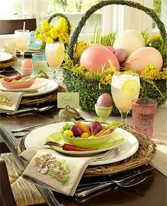 Easter Table setting - LOVE IT!  ♥♥♥@thedailybasics