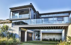 House Pautz: modern Houses by Blunt Architects Pretoria, Steel Structure, Concrete Wall, Entrance, Construction, Modern Houses, Mansions, House Styles, Dream Homes