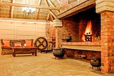 View Excellent Guest House and all our other Accommodation listings in Cape Town. Outdoor Kitchen Patio, Outdoor Oven, Outside Patio, Outdoor Cooking, Outdoor Fireplace Designs, Home Fireplace, Fireplace Kitchen, Fireplaces, Parrilla Interior