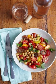 Recipe: Tomato Chickpea Salad — Recipes from The Kitchn | The Kitchn