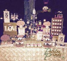 Mesa de dulces y postres de boda