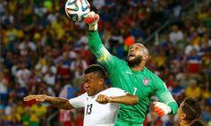 Tim Howard, USA Goalkeeper at World Cup 2014, Professes His ...
