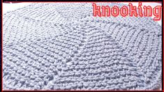Crochet Hats, Youtube, Round Loom Knitting, Round Shag Rug, Pillow Covers, Placemat, Stitches, Towels, Knitting Hats