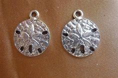 Charm Antiqued Pewter 20x16mm Sand Dollar Pkg Of 3 by darlamarie23, $2.60