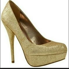 "Bakers Glitter Gold Victoria G Platform Pump Glittery gold pumps in excellent condition. Only worn once. Slip protection added to the bottom of the heel on the toe part. Heels measure approximately 4.5""  Offers Accepted! Bakers Shoes Platforms"