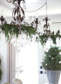 FRENCH COUNTRY COTTAGE: Christmas Dining room