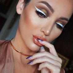 Excellent Ways to Apply White Eyeliner ★ See more: https://makeupjournal.com/ways-apply-white-eyeliner/ #nails