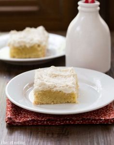 Sugar Cookie Bars with Vanilla Bean Frosting   http://www.ihearteating.com  