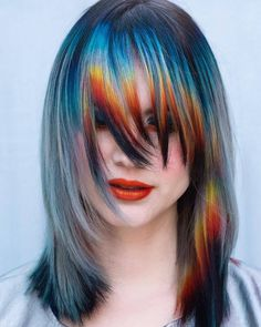💧Abstract Sunset🔥 This look was inspired by 🔥💧 Something about this is very Ziggy Stardust/Aladdin Sane to me! Vivid Hair Color, Pretty Hair Color, Funky Hairstyles, Pretty Hairstyles, Pelo Emo, Pelo Multicolor, Creative Hair Color, Coloured Hair, Colored Bangs