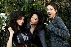 """Pretty Little Liars """"Keep Your Friends Close"""" S1EP10"""