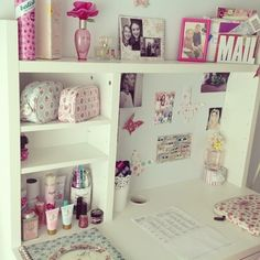 @Brenda Franklin Merrill   this is the desk and the hutch that i bought from ikea.. would loveif it looked like this