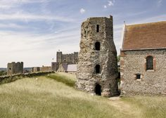 "https://flic.kr/p/FquFfg | Roman Lighthouse (Pharos) and Dover Castle | Dover Castle / Dover, Kent - England  July 03, 2015  ©Dale Haussner   Roman Lighthouse (Pharos) and St Mary-in-Castro Church, foreground. Dover Castle, background.  ""At the south-eastern side of Dover, Kent, along Mortimer Road on the promontory called Eastern Heights and in the grounds of Dover Castle, a 12th century Norman strong-hold, stands a 'reasonably' well-preserved Roman Lighthouse or Pharos, dating from ar..."