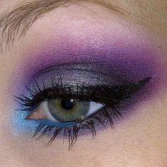 Lovely Purple Makeup with Blue