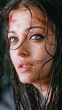 Aishwarya Rai Young, Actress Aishwarya Rai, Aishwarya Rai Bachchan, Hollywood Actresses, Indian Actresses, Beyond Words, Miss World, India Beauty, Bollywood