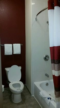 In Room Guest Bathroom.. Corpus ChristiRed RoofSuitesBathroom