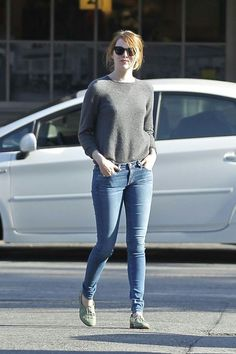 emma stone outfits best outfits - Page 25 of 100 - Celebrity Style and Fashion Trends Jean Outfits, Cool Outfits, Casual Outfits, Looks Chic, Casual Looks, Fashion 2017, Fashion Outfits, Womens Fashion, Fashion Trends