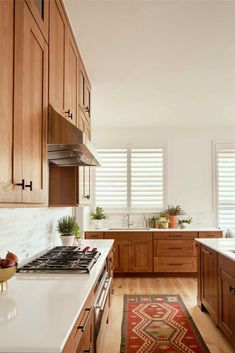 Home Decor Kitchen, Kitchen Interior, Home Kitchens, Kitchen Ideas, Design Kitchen, Updated Kitchen, New Kitchen, Kitchen Dining, White Oak Kitchen