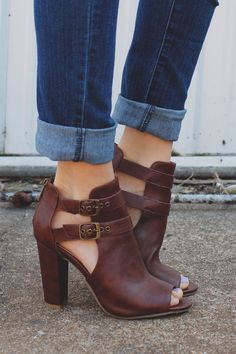 brown booties outfit