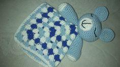 Manta de Apego Osito Amigurumi - Patrón Gratis en Español aquí: http://crocheteandoconimaginacion.blogspot.com.ar/2014/03/tutorial-manta-de-apego-osito-amigurumi.html