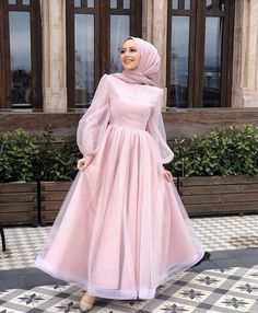Hijab Prom Dress, Hijab Gown, Hijab Evening Dress, Muslim Dress, Hijab Outfit, Abaya Fashion, Muslim Fashion, Fashion Dresses, Estilo Abaya