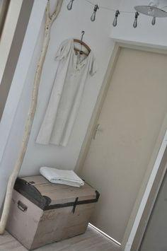 1000 id es sur le th me vieux coffre sur pinterest commode vieux troncs et maillots de bain. Black Bedroom Furniture Sets. Home Design Ideas