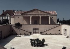 Château Bachen Winery, Jean de Gastines Architects Mansions, House Styles, Projects, Home Decor, Architects, Log Projects, Blue Prints, Decoration Home, Manor Houses