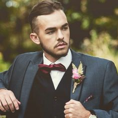 So Much Better Than Onholes As They Are More Stylish And Sit To The Suit Flowers By Vintage Rose Hire Der Dudes At Wedding Centre