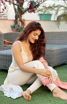 Beautiful Girl Indian, Beautiful Girl Image, Beautiful Indian Actress, Beautiful Wife, Stylish Girls Photos, Girl Photos, Indiana, Most Beautiful Bollywood Actress, Beautiful Actresses