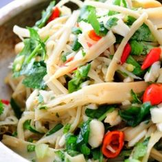 Spicy Bamboo Salad- this traditional Thai and Laotian dish is so easy to make at home and brings a huge burst of spicy flavor from Southeast Asia.