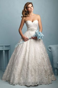 Danielle Caprese Princess/Ball Gown Wedding Dress with Sweetheart ...