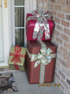 diy Covered styrofoam coolers for Christmas porch deco