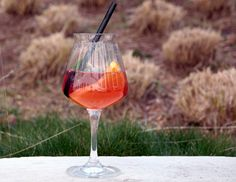 Selbstgemachter Orangenwein   Selfmade orange wine Food Porn, Hotels, Restaurant, Fine Dining, Tapas, Alcoholic Drinks, Orange, Wine, Homemade