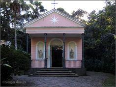 capela mayrink floresta da tijuca   Vista do altar, com os painéis de Nossa Senhora do Carmo, São Simão ...