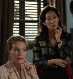 By: Mia Thermopolis Iconic Movies, Good Movies, Series Movies, Film Movie, Princess Diaries 1, Diary Movie, Sandra Oh, Julie Andrews, Lauren Graham