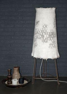 Light! Floor lamp of felt and steel