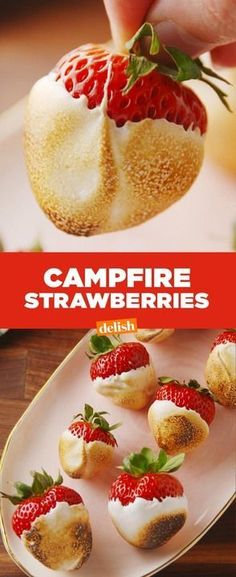 Campfire Strawberries might make you ditch s'mores forever. Get the recipe at De… - - Campfire Strawberries might make you Just Desserts, Delicious Desserts, Dessert Recipes, Yummy Food, Healthy Food, Healthy Meals, Sukkot Recipes, Dessert Dishes, Grill Dessert