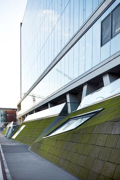 MAC9 – Zurich Insurance company Italian headquarters, Milan, 2006–2009  Photo by Filippo Romano http://www.scandurrastudio.com/mac9-zurich-insurance-company-italian-headquarters/