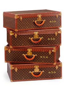 Sets of luggage. #TheDarjeelingLimited #TheWesAndersonCollection