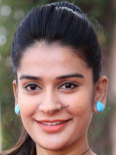 Gorgeous Indian Girl Model Jenny Honey Beautiful Smiling Face Closeup Stills TOLLYWOOD STARS Photograph TOLLYWOOD STARS PHOTOGRAPH | IN.PINTEREST.COM WALLPAPER EDUCRATSWEB