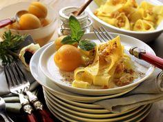 Eine tolle Idee. Süße Nudeln mit Aprikosen - smarter - Zeit: 25 Min. | eatsmarter.de