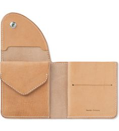 Hender Scheme Natural Leather Wallet Model Picture