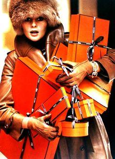 Vogue Paris - 1975 -  Hermès  www.facebook.com/parisfashion.tv