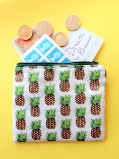 Pineapple coin purse for a splash of tropical summer. Handmade with unique pineapple print fabric. Pineapple Print, Clutch Purse, Printing On Fabric, How To Draw Hands, Tropical, Gift Wrapping, Coin Purses, Hand Drawn, Holiday