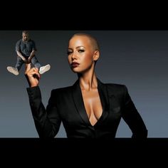 And the trolling begins ... #KanyeWest   #FingersInTheBootyAssBitch and the winner is #AmberRose