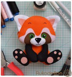 Красная панда из фетра Привет, мои фетровые друзья!Красная панда - одно из моих самых любимых животных! И на днях я поняла, что именно е...